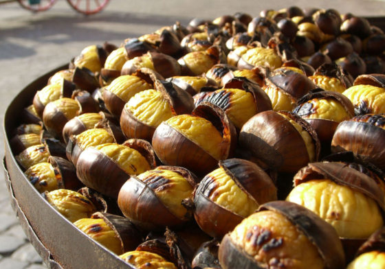 chestnuts-1325225-1280x895